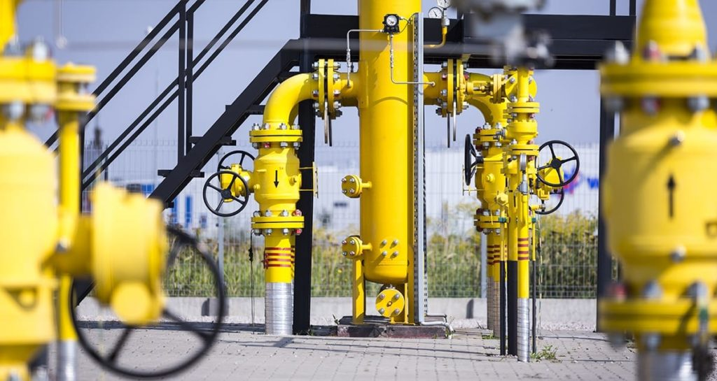 Oil and gas metering station